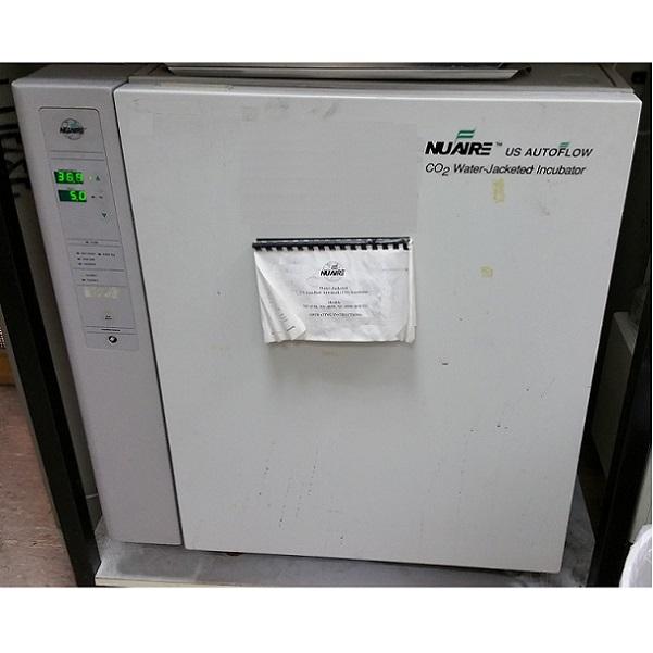 NuAire 180 Liter CO2 water jacket Incubator יד שניה